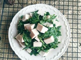 香椿豆腐,享受美味吧!