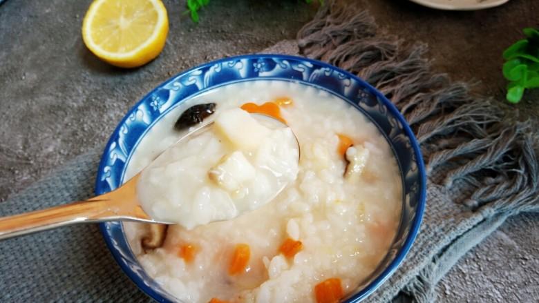 #宝宝辅食#鳕鱼胡萝卜香菇粥