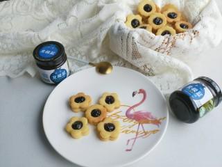 蓝莓酱夹心饼干,蓝莓酱夹心饼干就ok了