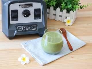 猕猴桃黄瓜汁,成品,很细腻,清香扑鼻,好喝!