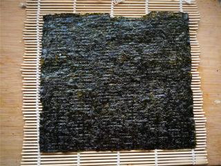 花朵寿司【蓝色系】,卷帘上铺一张海苔