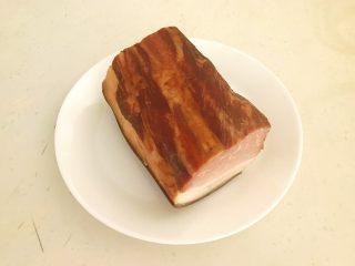 苦菊卷黑椒腊肉,腊肉