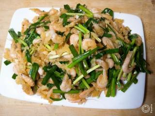鲜韭炒河虾