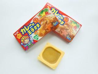 宝宝辅食-咖喱土豆鸡翅1Y+,咖喱我这边用的是日本小王子咖喱