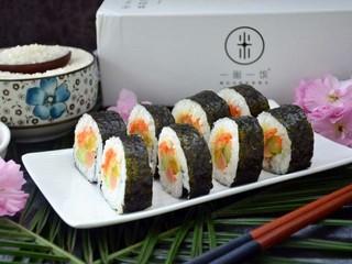 寿司,装盘。