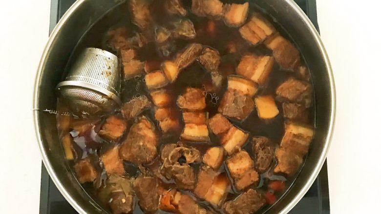 家常卤肉饭,红烧肉做好了
