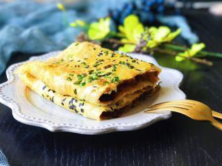 酥脆饺子皮杂粮鸡蛋饼