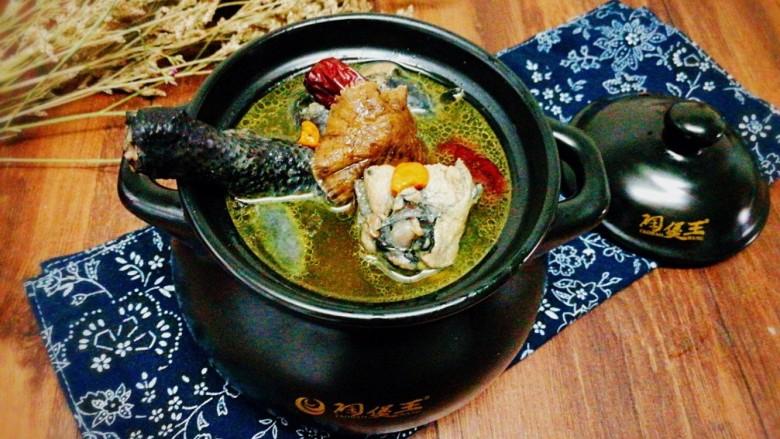 菌类料理+红枣榛蘑乌鸡汤