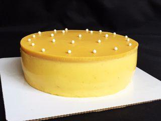 芒果慕斯蛋糕+6寸和4寸,再来一张看看满意,可以交货了。