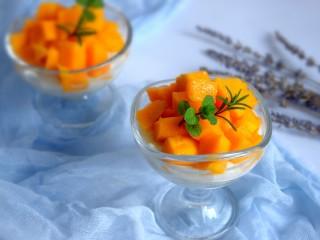 芒果酸奶杯,非常的有营养,也口感极佳。