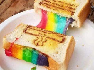 网红彩虹🌈拉丝面包