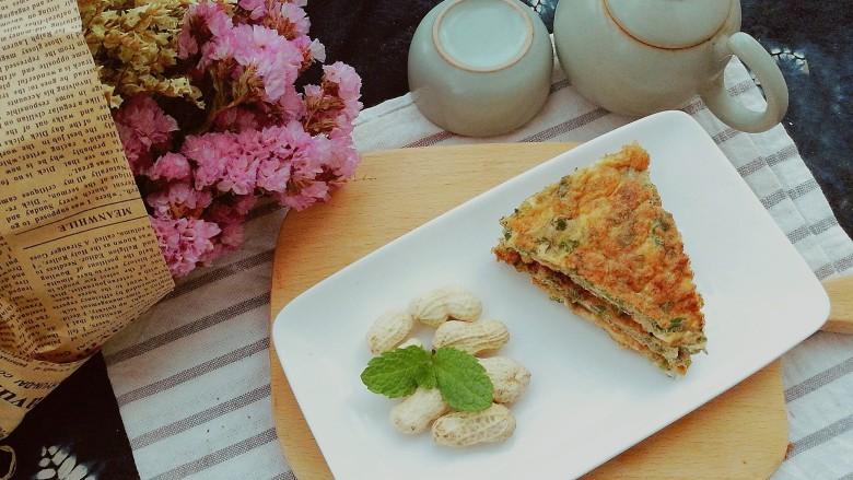 春季养肝,香椿芽鸡蛋饼,每一口都是春天的气息,每一口都有家的味道,简简单单一道菜,滋味令人回味……