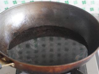 柠檬茄汁土豆丝,烧开一锅水