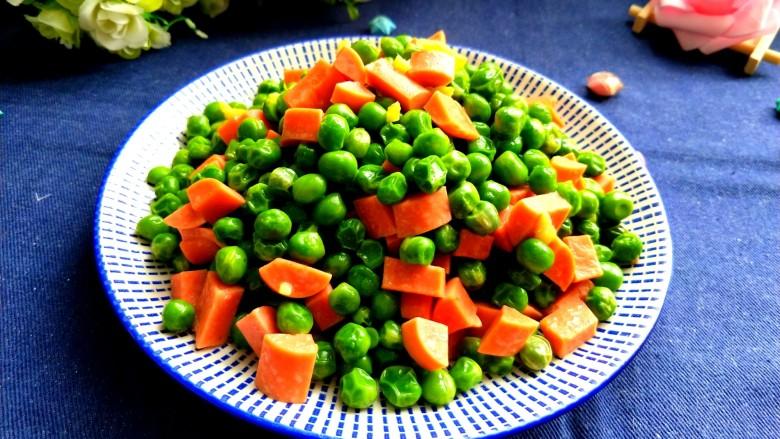火腿肠炒豌豆