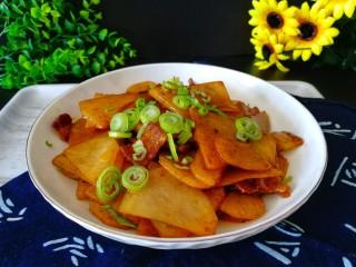回锅肉香辣土豆片,照个相吧,有颜值有营养有口味。