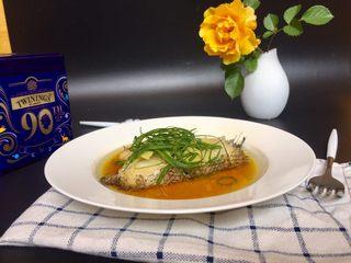 清蒸鳕鱼,端上桌开始品尝吧~~肉质鲜嫩