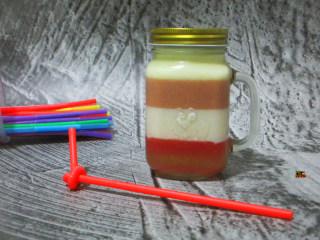 彩虹杯子布丁,多彩型果冻布丁,诱人又漂亮、美味又美丽