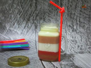 彩虹杯子布丁,无论是在冬天夏天还是春天只要看到它就会爱上它
