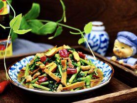 蚝油茼蒿肉丝豆干小炒