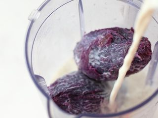 奶香紫薯血糯米糊,加牛奶