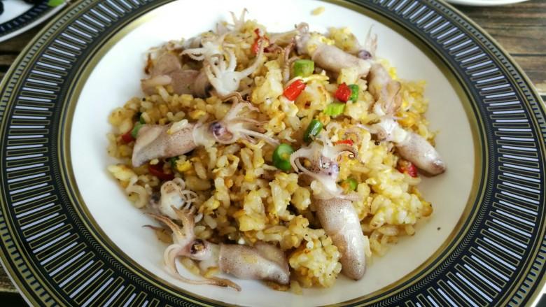 海兔芦笋蛋炒饭
