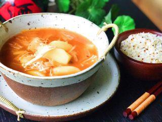 酸辣泡菜锅,酸辣可口,喝这个汤我可以吃下两碗饭😋🤤