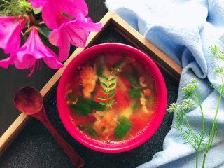 了不起的小番茄~番茄青菜炒鸡蛋汤