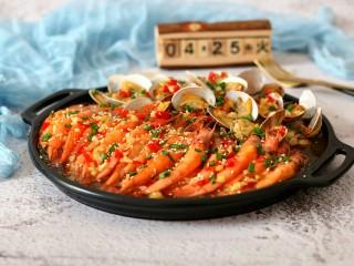 蒜蓉金针菇烤花蛤虾,成品