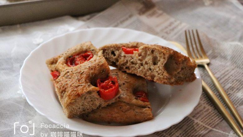 面包不吃甜就吃咸的———佛卡夏面包