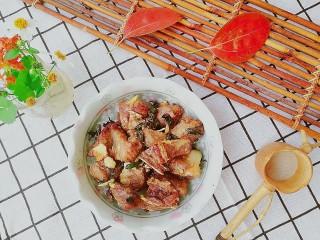 快手菜,空气炸锅版紫苏排骨,装盘,香气扑鼻