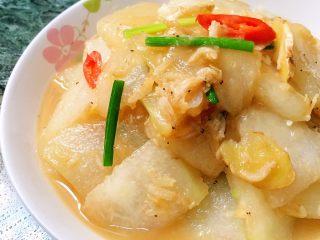红烧虾皮冬瓜,喜欢留点汤汁拌饭,超下饭的😄😋😋
