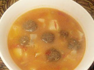 番茄土豆牛肉丸汤