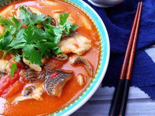 了不起的小番茄+ 酸汤乌鱼片(冬阴功汤版),好吃下饭!