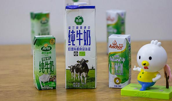 为了验证6家进口牛奶哪家更强?我默默的做了一轮实验...
