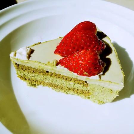 抹茶奶酪慕斯蛋糕