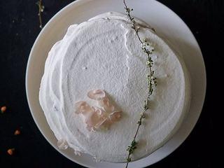芳草青青柠威风蛋糕