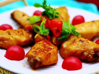 三汁焖鸡翅,三汁焖鸡翅完美出锅了,哇、家里真的是满屋飘香哟