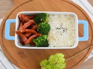 西兰花炒脆皮肠—简单的食材,美味的做法