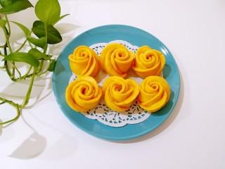南瓜玫瑰花馒头,高颜值。
