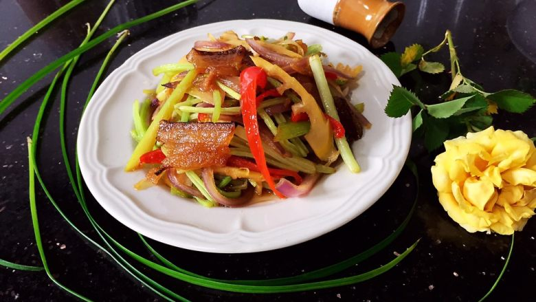 杂蔬炒笋片