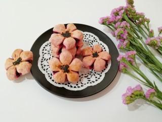 紫薯桃花酥