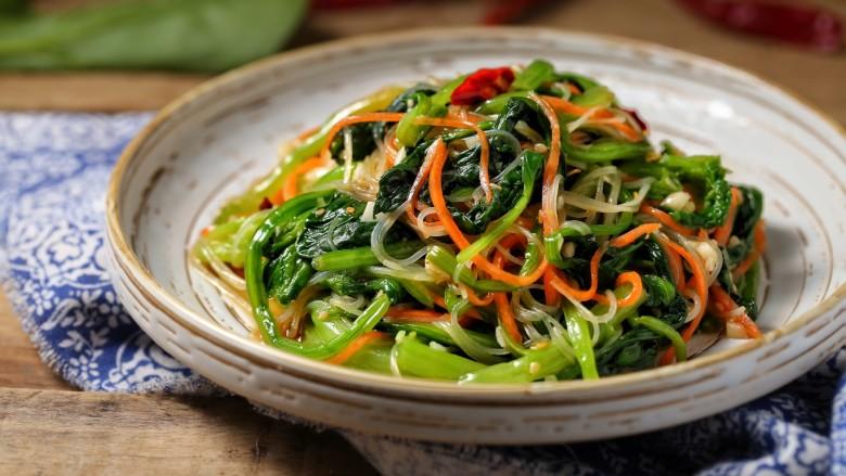 菠菜拌粉丝,一款爽口又营养的夏季凉拌小菜就做好了!