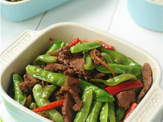 豌豆烧牛肉,翻炒均匀即可出锅
