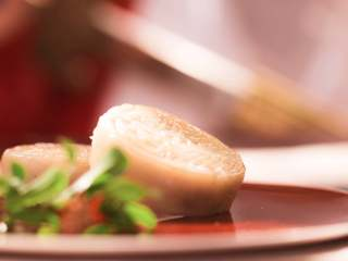 【十二花神·石榴晶饼】石榴花下,翦碎红绡做晶团
