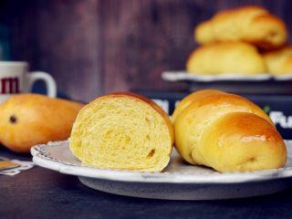 芒果面包卷
