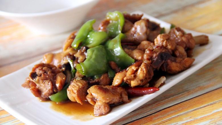 黄焖鸡,出锅,装盘