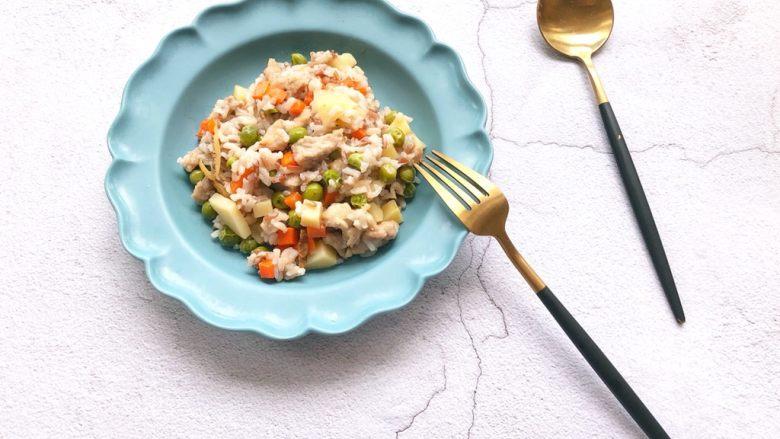 猪肉虾皮杂蔬焖饭