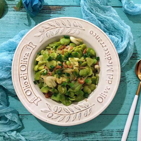 蚝油手撕卷心菜海米炒蚕豆