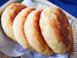 红糖酥饼,煎至两面金黄后取出