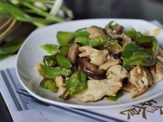 低脂晚餐之嫩溜鸡片,起锅开吃。